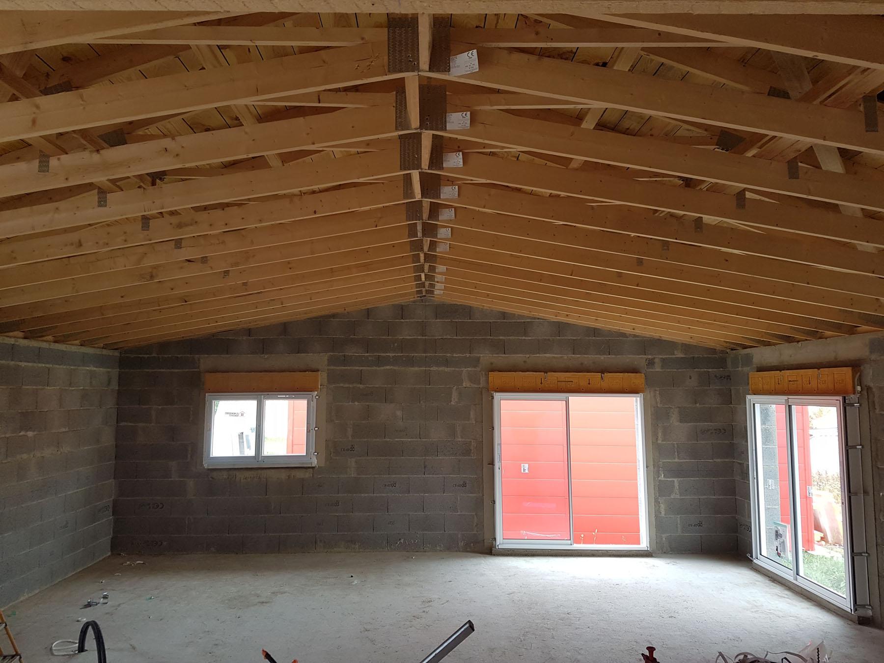 charpente industrielle fermette mba menuiserie. Black Bedroom Furniture Sets. Home Design Ideas